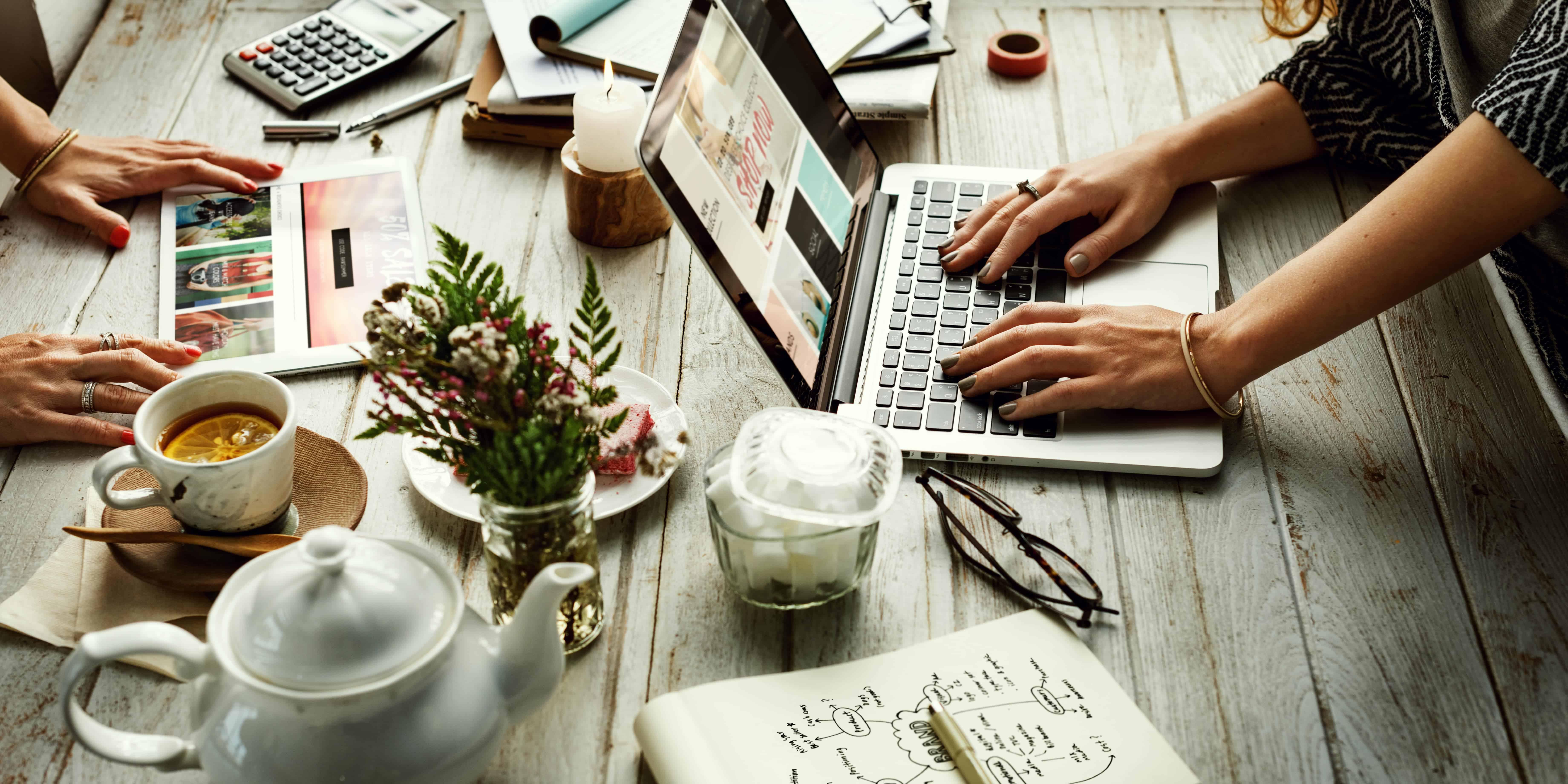 Pomůžu definovat vaši značku a navrhnu marketingovou strategii v online prostředí